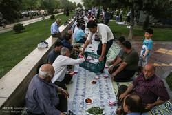 ماه رمضان چگونه افطار کنیم/ غذاهای سحری