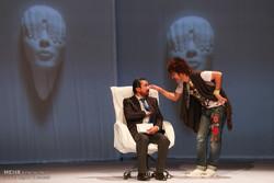 «پالت» در نشست «نقد صحنه» بررسی میشود