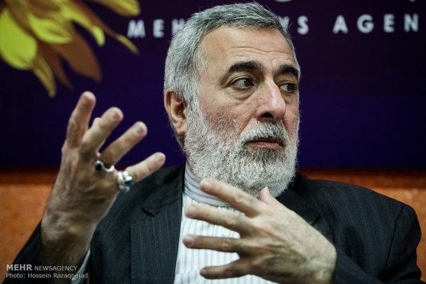 مستشار وزير الخارجية الإيراني: استقالة الحريري جاءت بترتيب من ترامب ومحمد بن سلمان