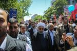 روحانی در راهپیمایی روز جهانی قدس شرکت کرد