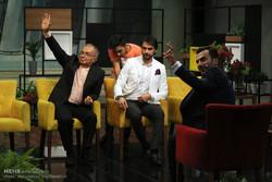 پشت صحنه برنامه تلویزیونی «هزار داستان»