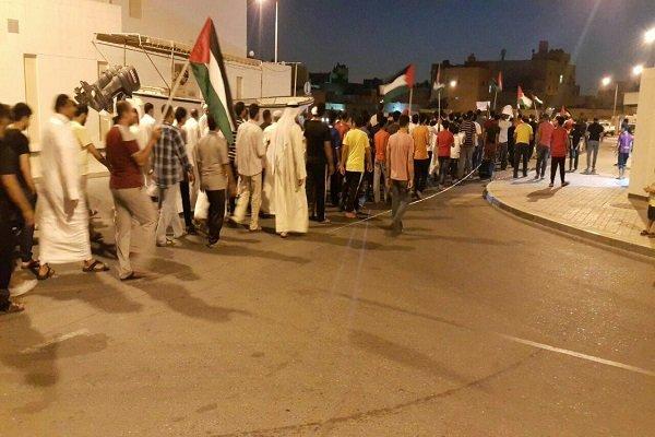 البحرين: تظاهرات ليلية في قرى بحرينية عدة تنديداً باعتقال النساء