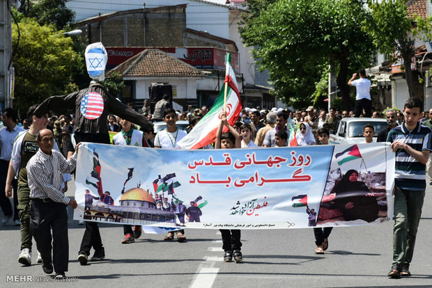 People all over Iran mark Quds day in rallies