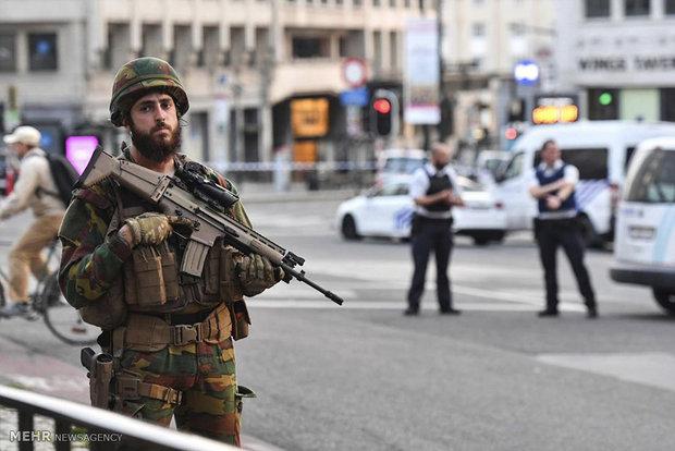 برسلز میں چاقو بردارشخص کے حملے میں 2 فوجی زخمی
