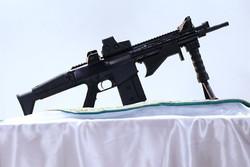 """İran yapımı  """"Zülfikar"""" silahı tanıtıldı"""