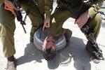 حمله شهرک نشین صهیونیست به یک فلسطینی با سلاح سرد