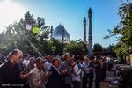 İran'ın dört bir yanında Bayram namazı coşkusu