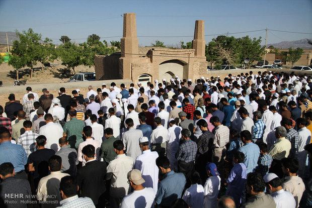 صلاة العيد في ايران