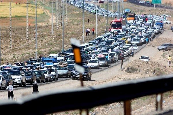 ممنوعیت تردد درجاده های شمالی/ترافیک سنگین محورهای منتهی به تهران