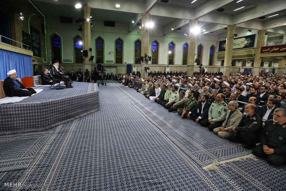 دیدار مسئولان و  سفرای کشورهای اسلامی با رهبر معظم انقلاب