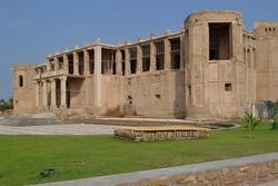 عملیات بازسازی عمارت تاریخی «ملک» بوشهر آغاز شد