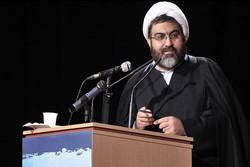 فرقه های صوفی با دنیای سیاست یک ساز نبوده اند/ چهره چندگانه تصوف