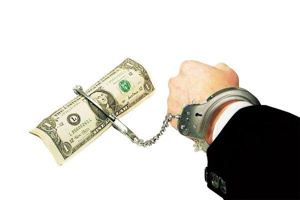 محلل سياسي: الفاسد الأمريكي لن يحارب الفساد في العراق وفاقد الشيء لا يعطيه