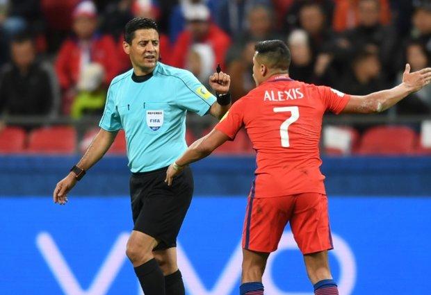 حکم ايراني يقود مباراة فرنسا والأرجنتين بالمونديال