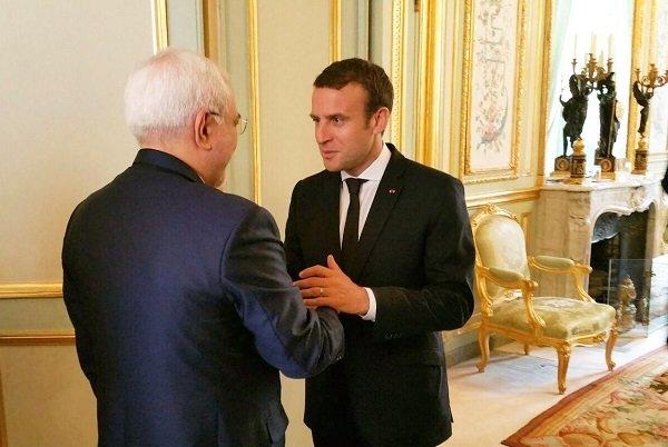 Dışişleri Bakanı Zarif Emmanuel Macron'la görüştü