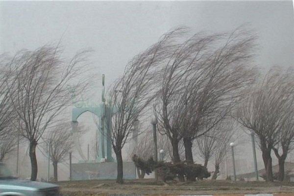 وزش باد شدید در جنوب و شرق کشور