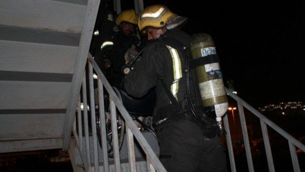 اخماد حريق في المدينة المنورة وإجلاء 120 شخصا