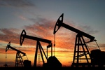 Petrol fiyatları Çin verileriyle yükseldi
