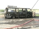 کراچی میں مسافر وین میں آگ لگنے سے 6 افراد ہلاک