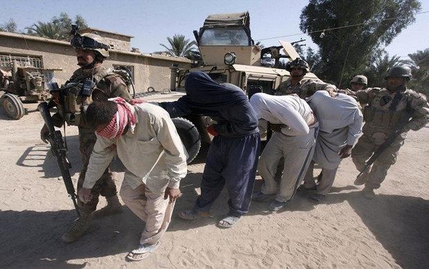 """وزير الدفاع العراقي : المعتقلين من """"داعش"""" مجرمين وقتلة"""