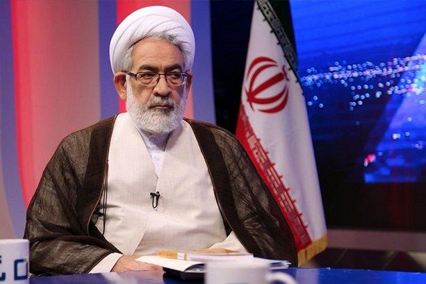 فرار مالیاتی زیاد است/ ابعاد مرگ قاضی منصوری مبهم است