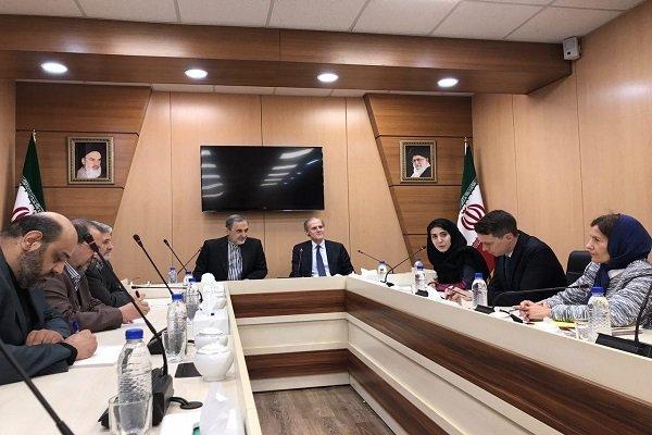 إيران وفرنسا لديهما وجهات نظر مشتركة حول القضايا الإقليمية