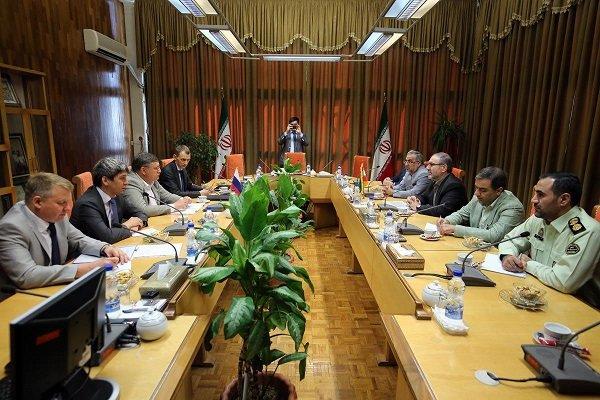 ايران وروسيا تعقدان أول اجتماع أمني بينهما