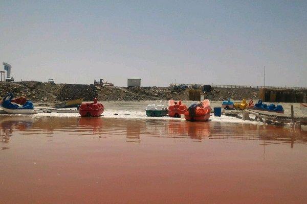 2504155 - روایتی از واقعیت تا شایعه؛ خونِ دلِ دریاچه ارومیه به رخسار نشست