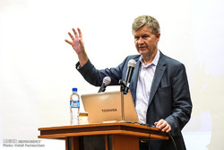 Erik Solheim is giving a speech to a conference in Khuzestan on the sideline of a visit to Hour-al-Azim wetland on Tuesday.