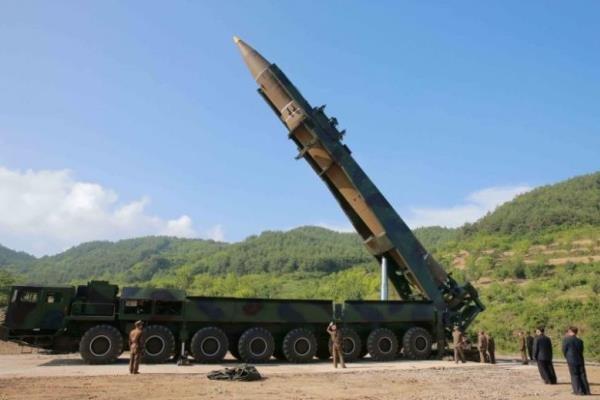 """ردة فعل حكومة """"بريطانيا"""" على التجربة الصاروخية لكوريا الشمالية"""