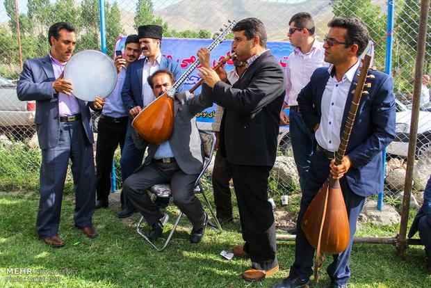 """المهرجان السابع للورد الجوري في مدينة """"اسكو""""شمال غرب إيران"""