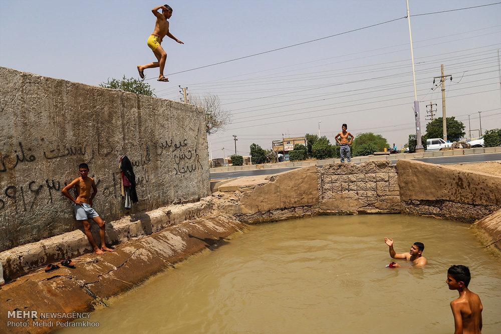 تفریح مخاطره آمیز کودکان در کوت عبدالله