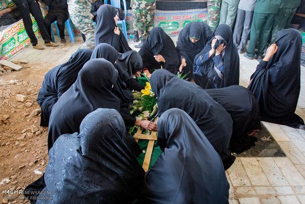تصاویر/ تشییع پیکر شهید نعمتالله واحدی