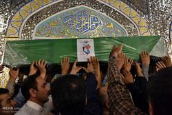 تشییع پیکر شهید سید جلال حسینی از مدافعان حرم حضرت زینب (س)