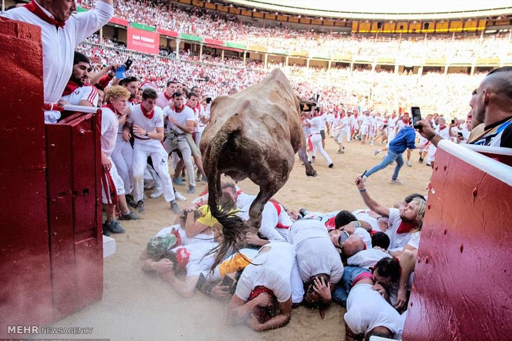 جشنواره پامپلونا در اسپانیا