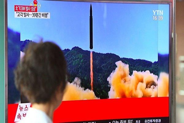 """كوريا الشمالية تطلق صاروخا باتجاه اليابان في """"تهديد جدي وغير مسبوق"""""""