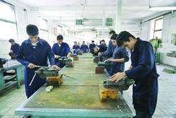 ارتقای کیفیت آموزشهای فنی و حرفهای ضروری است