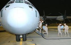 طائرات حربية باكستانية تصل إلى الدوحة