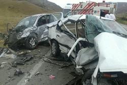 تصادف شدید در محور درگز به قوچان ۱۸ مصدوم برجای گذاشت