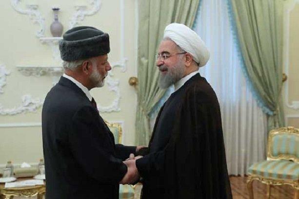 الرئيس الايراني يستقبل وزير خارجية عمان