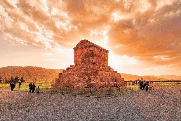 اجرای طرح جامع کاوش های باستان شناسی در محوطه پاسارگاد