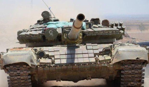 Syrian army destroys ISIL center in Deir Ezzor