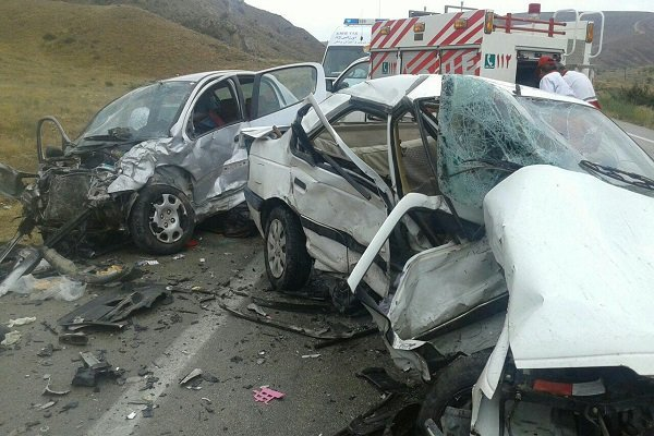 تصادف در محور چمن بید به دشت ۳ کشته و یک زخمی برجای گذاشت