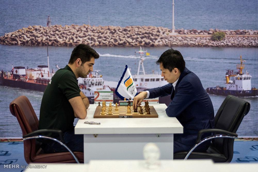 مسابقات شطرنج جام ستارگان در منطقه آزاد انزلی