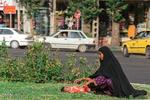 ویراژ متکدیان در خیابان های اسلامشهر/ فرهنگ سازی راه درمان است