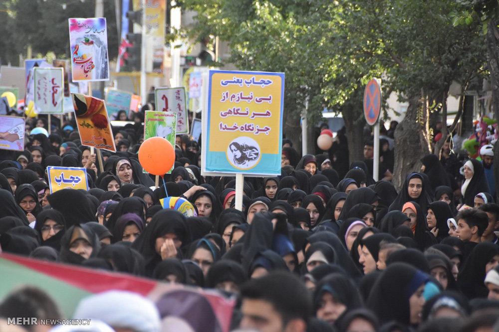 راهپیمایی مردم شهرضا به مناسبت گرامیداشت روز عفاف و حجاب