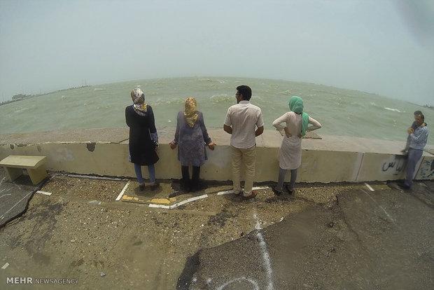 İran'ın güneyinden fırtına kareleri