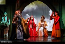 """مسرحية أوبرا العرائس """"الخيام"""" في العاصمة طهران /صور"""