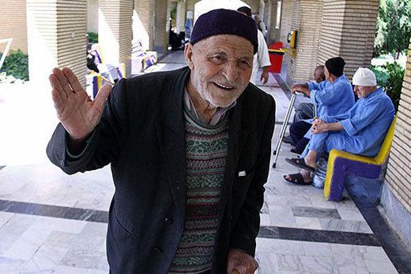 ۳۰۰۰ نفر در بهزیستی قزوین در نوبت دریافت مستمری
