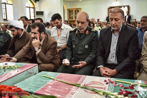 استقبال جثامين الشهداء في مدينة شيراز الايرانية
